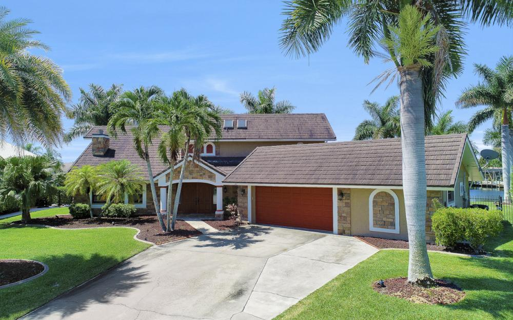 1226 SW 51st St, Cape Coral - Home For Sale 2131332970