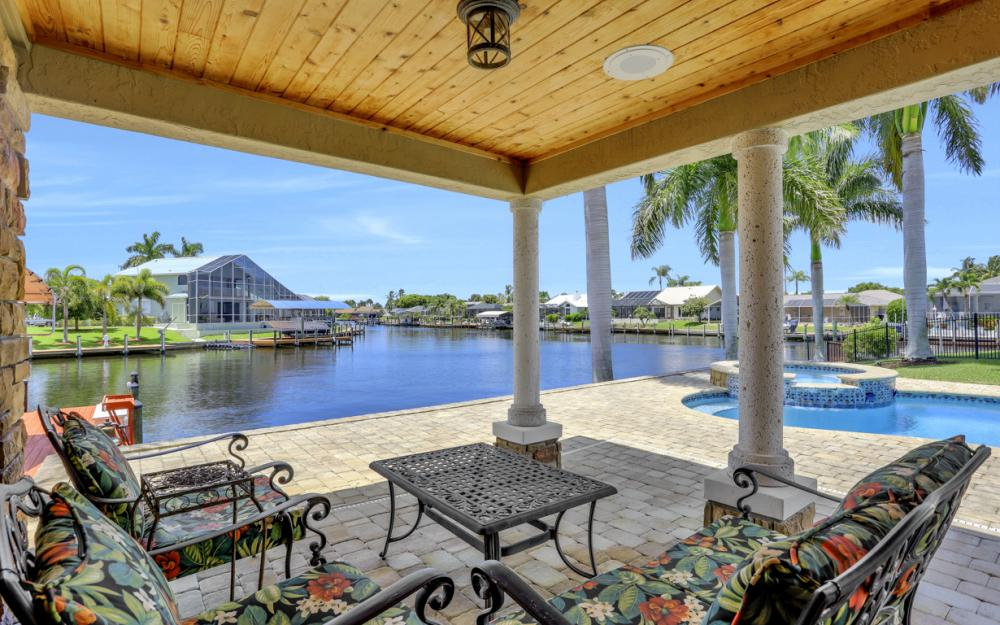 1226 SW 51st St, Cape Coral - Home For Sale 22525553