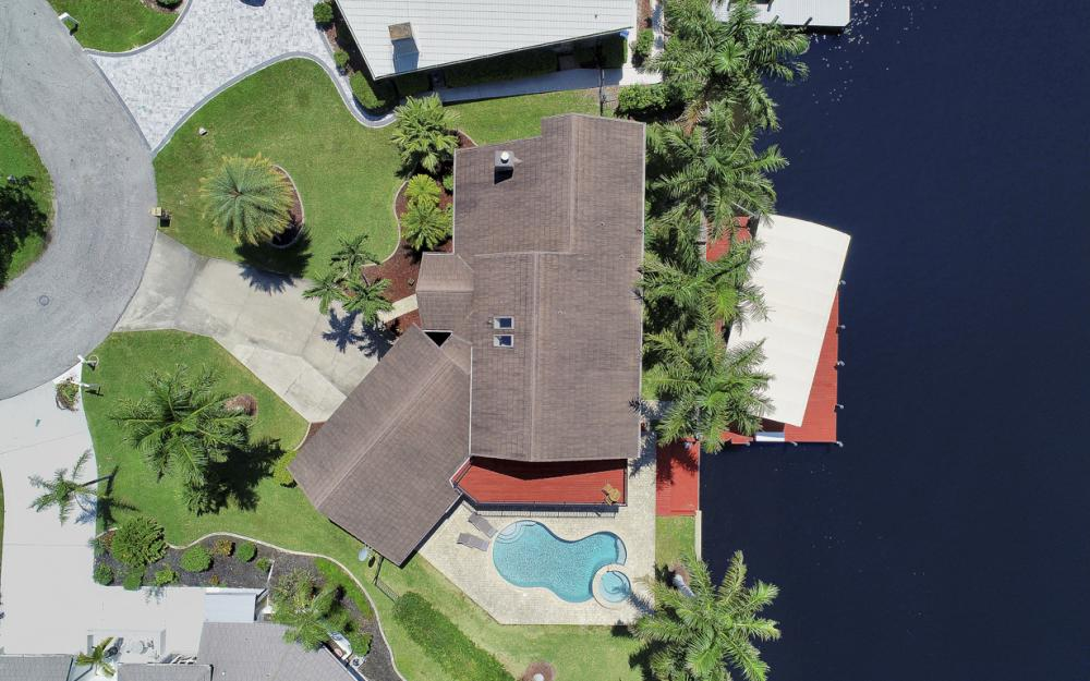 1226 SW 51st St, Cape Coral - Home For Sale 497187122