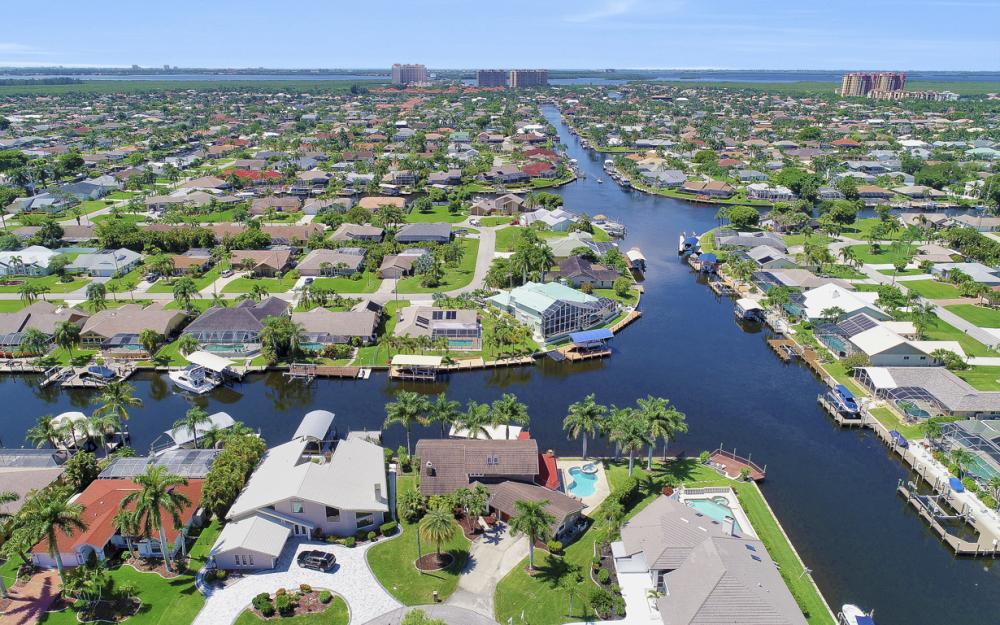 1226 SW 51st St, Cape Coral - Home For Sale 1450376114