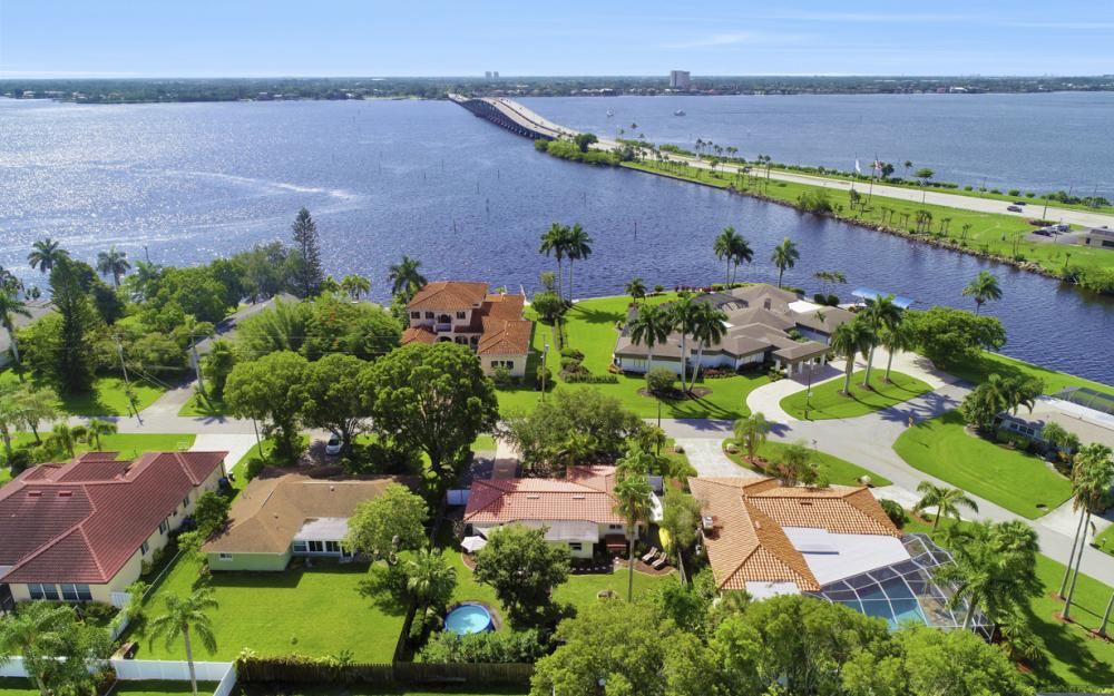 4634 SE 20th Pl Cape Coral - Home For Sale 1756633694