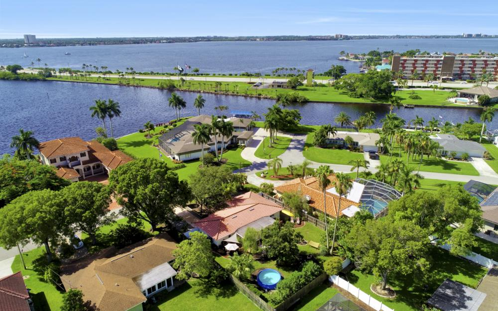 4634 SE 20th Pl Cape Coral - Home For Sale 534328736