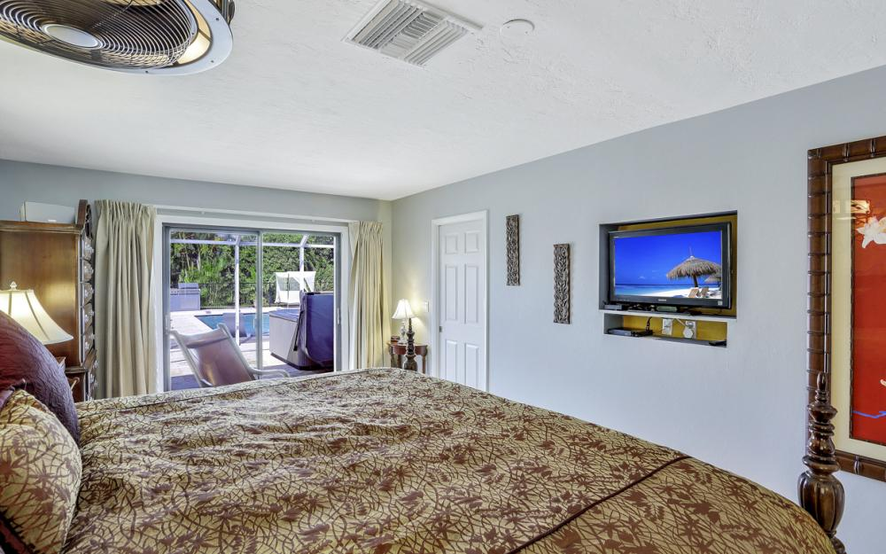 524 N Barfield Dr, Marco Island - Vacation Rental 1930946084