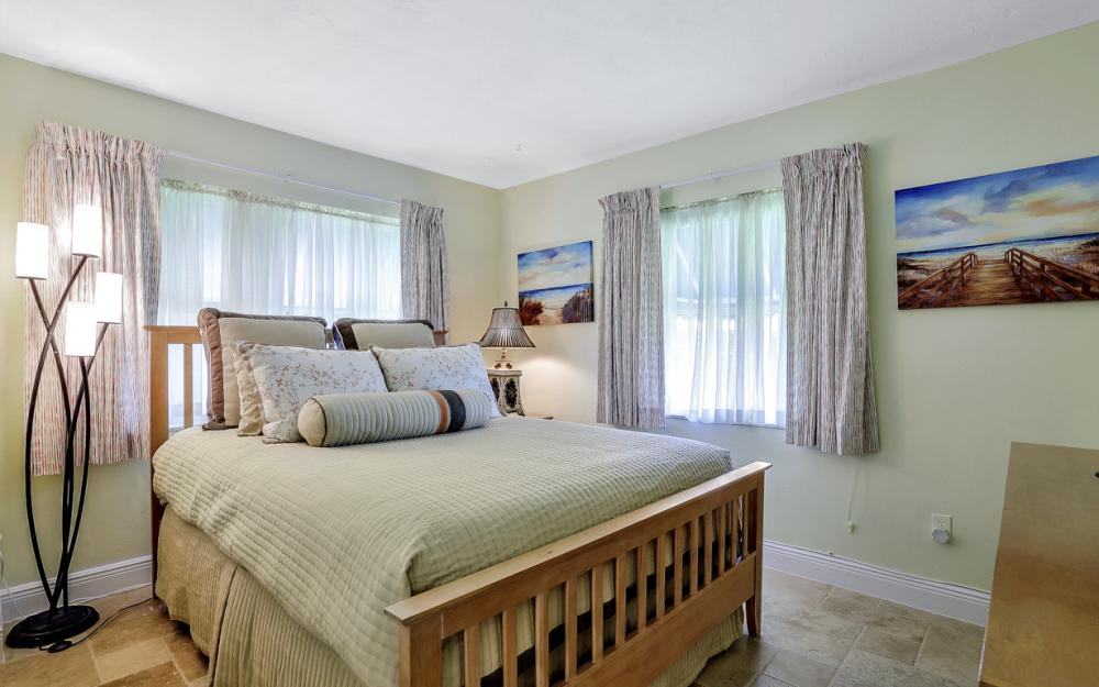 524 N Barfield Dr, Marco Island - Vacation Rental 332227351