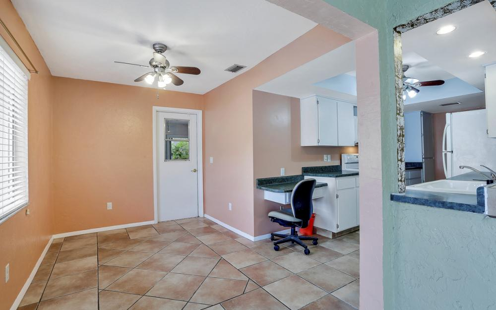 729 Sesame Ct Cape Coral - Home For Sale 1029325738