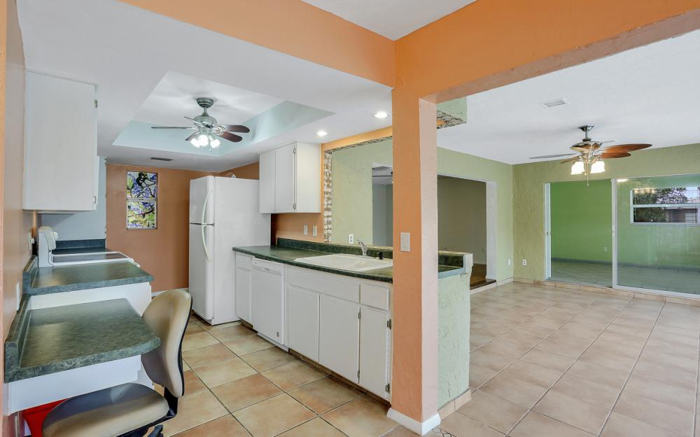 729 Sesame Ct Cape Coral - Home For Sale 1348218784
