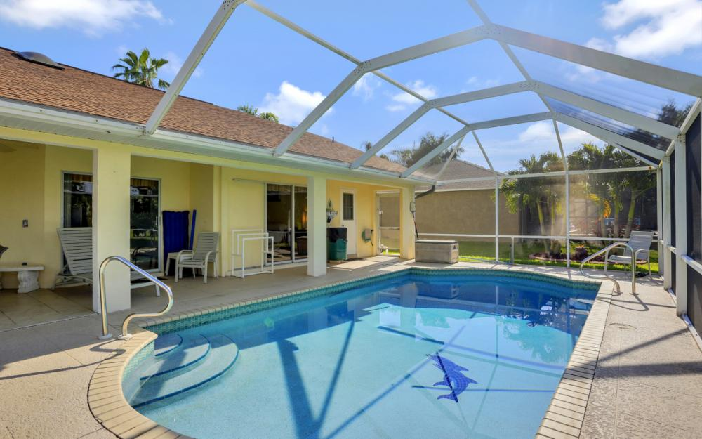 2310 SW 40th St Cape Coral - Home For Sale 419939826