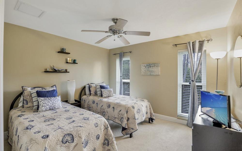 601 Lewis Ct, Marco Island - Vacation Rental 2068774226