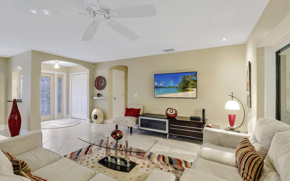 601 Lewis Ct, Marco Island - Vacation Rental 434999246