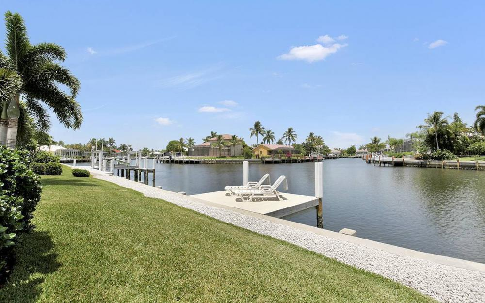 65 Covewood Ct, Marco Island - House For Sale 402265526