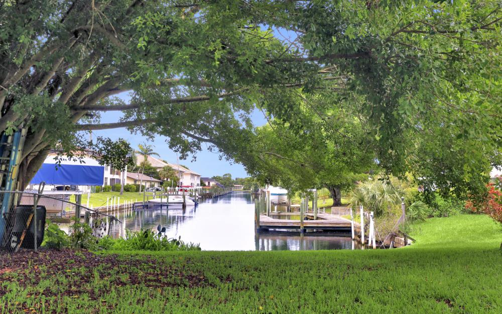 5202 York Ct, Cape Coral - Home For Sale 1386850505