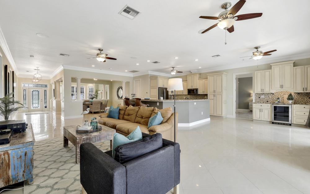 1930 Everest Pkwy Cape Coral - Home For Sale 53139575
