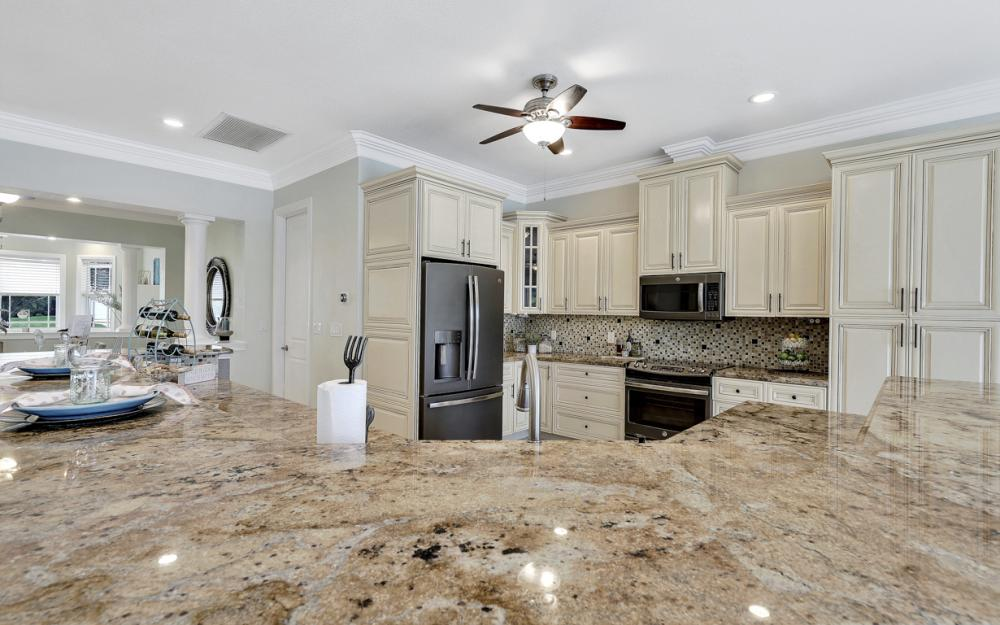 1930 Everest Pkwy Cape Coral - Home For Sale 1207725412
