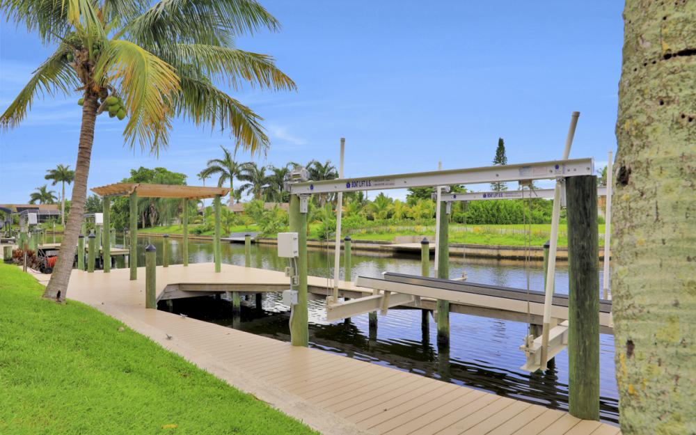 1930 Everest Pkwy Cape Coral - Home For Sale 1516031847