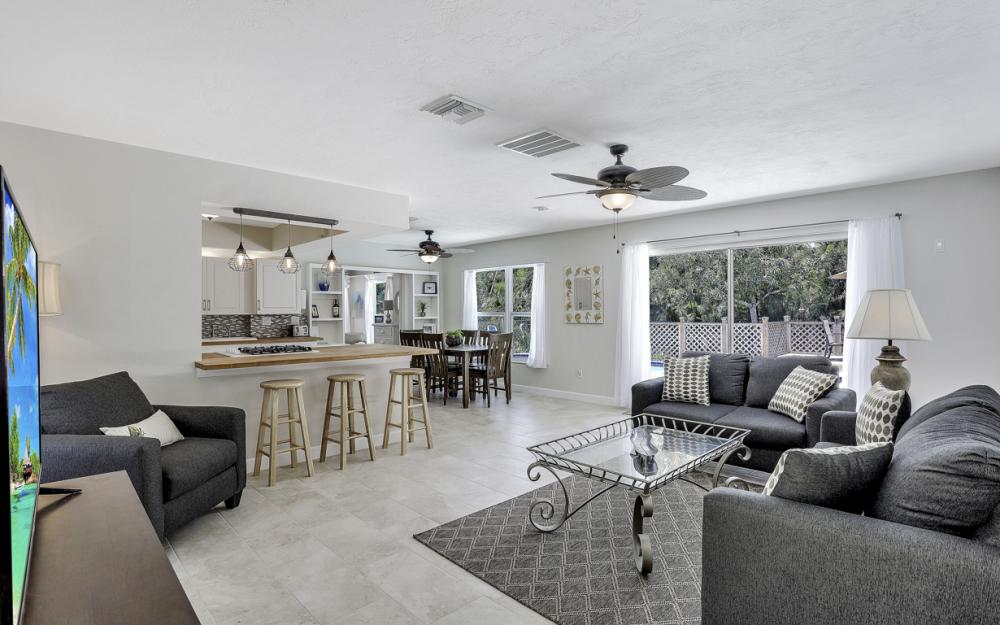 1260 Skylark Ave, Marco Island - Vacation Rental 829303597