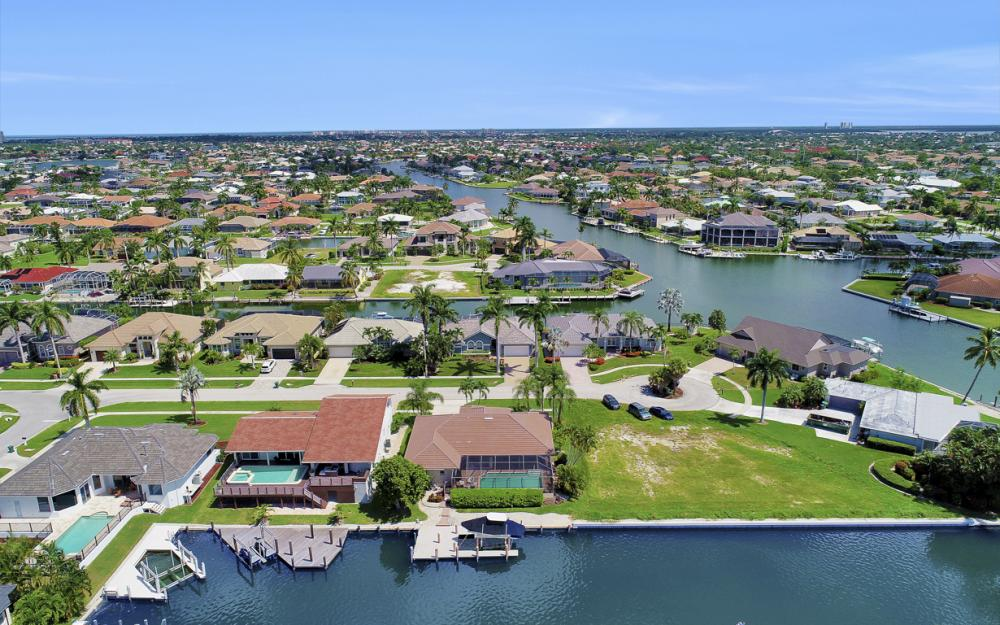 1221 Lamplighter Ct, Marco Island - Vacation Rental 968071494