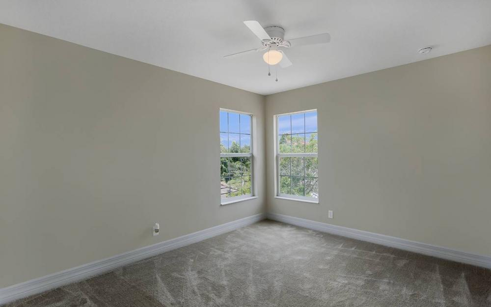 2466 Blackburn Cir, Cape Coral - House For Sale 2029985443
