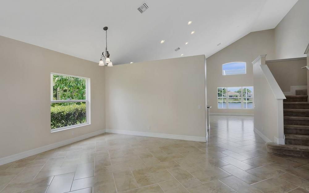 2466 Blackburn Cir, Cape Coral - House For Sale 597192660