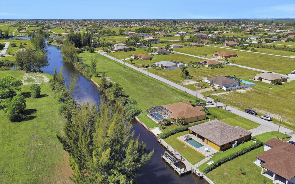 2023 NW 32nd Ct, Cape Coral - Home For Sale 1753509248