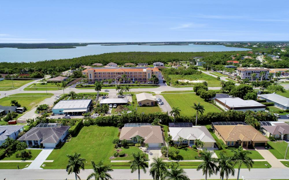 1865 N Bahama Ave, Marco Island - Home For Sale 1650347287