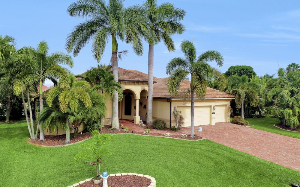 3936 SW 27th Ave, Cape Coral - Home For Sale 390427098