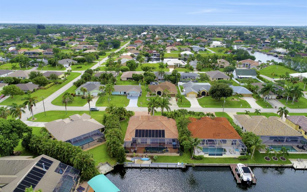 3936 SW 27th Ave, Cape Coral - Home For Sale 1489070080