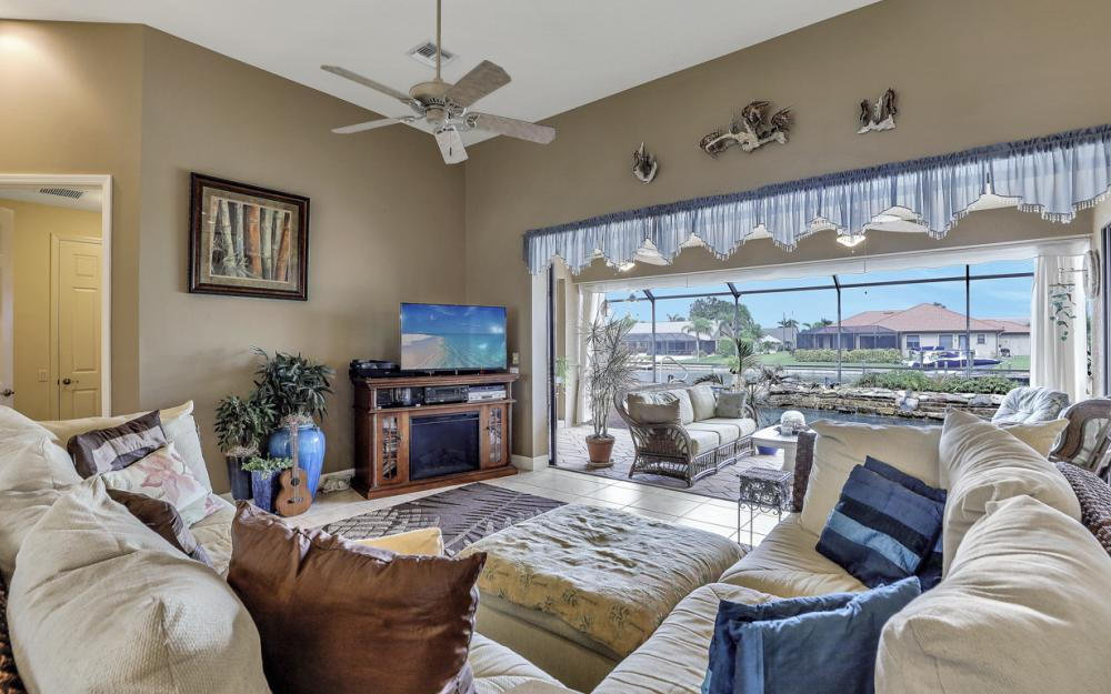 3936 SW 27th Ave, Cape Coral - Home For Sale 2121519039