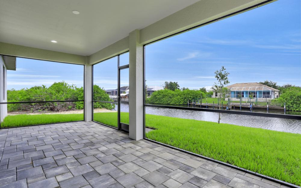 1019 NW 33rd Ave, Cape Coral - Home For Sale 457978207
