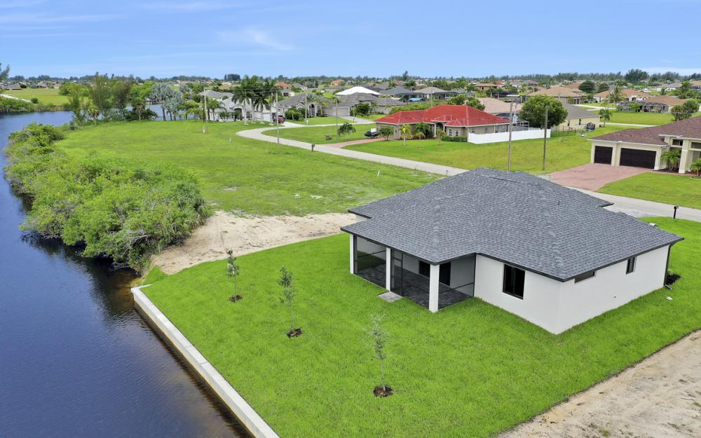 1019 NW 33rd Ave, Cape Coral - Home For Sale 973571730