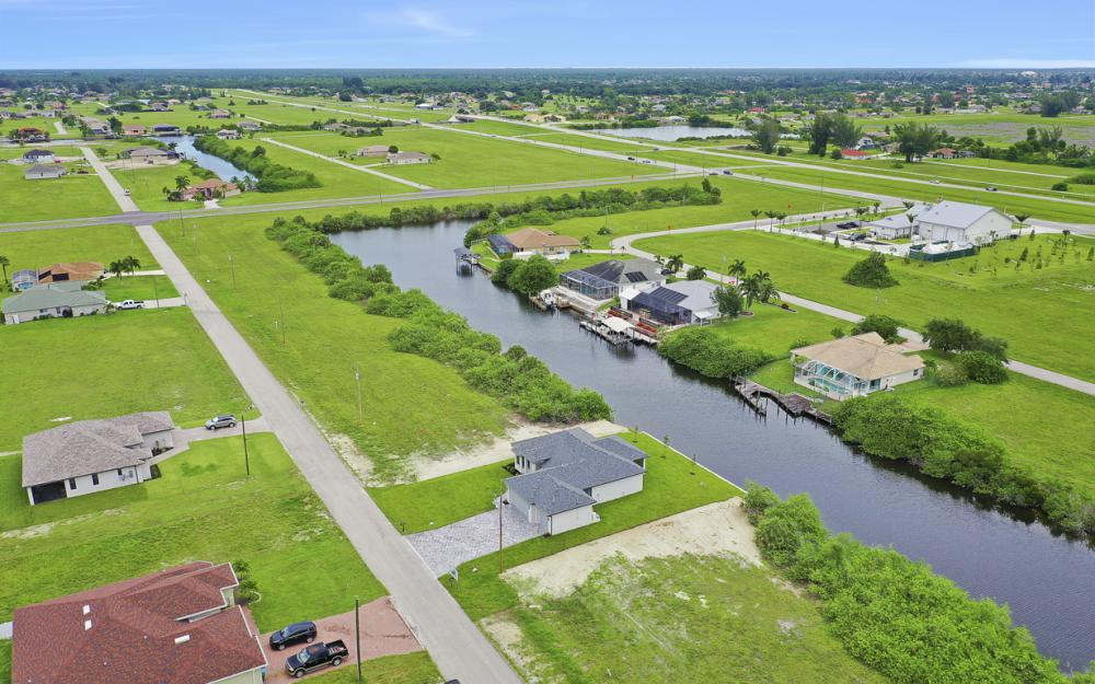 1019 NW 33rd Ave, Cape Coral - Home For Sale 1104140626