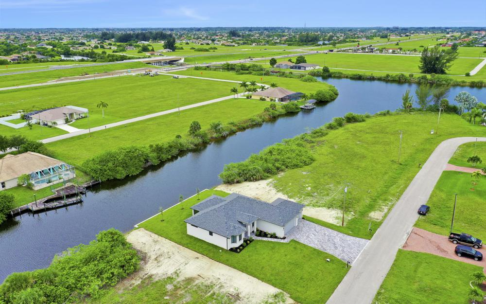 1019 NW 33rd Ave, Cape Coral - Home For Sale 1773101961