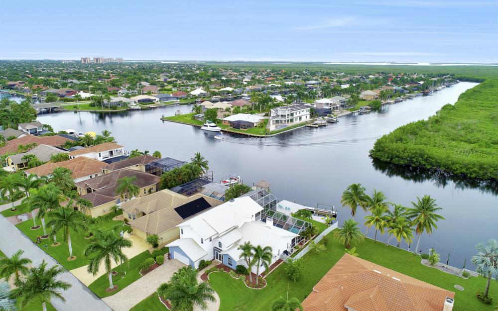 2842 SW 51st St, Cape Coral - Luxury Home For Sale 2112321637