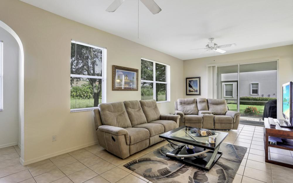 4209 Liron Ave #102, Fort Myers - Condo For Sale 510411330
