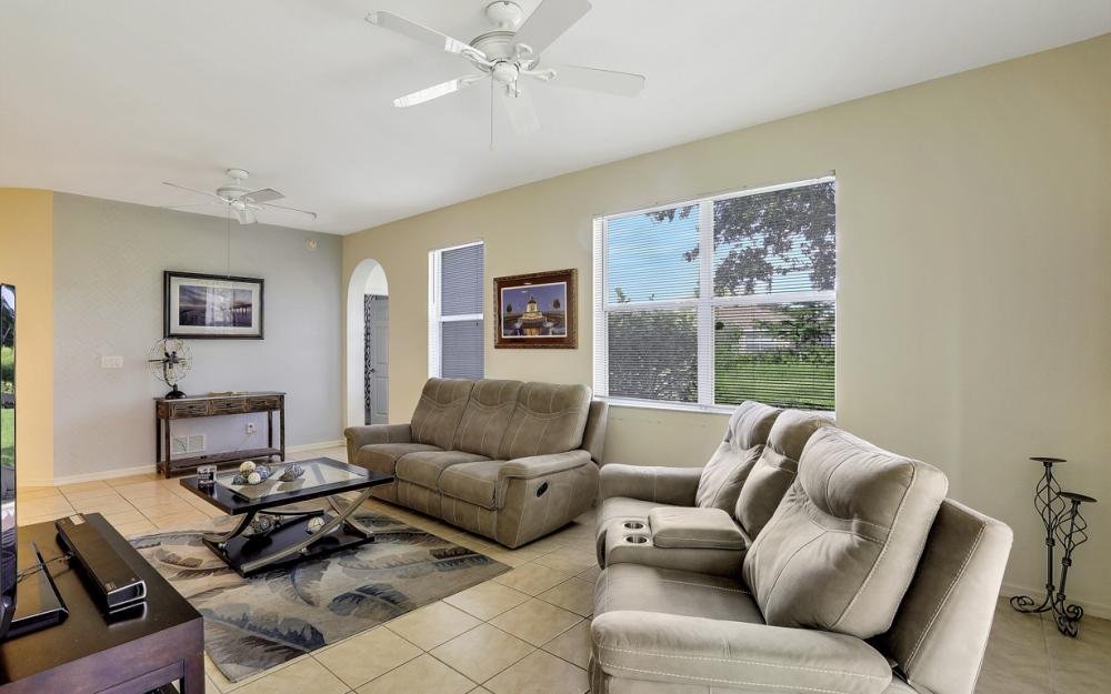 4209 Liron Ave #102, Fort Myers - Condo For Sale 1029724723