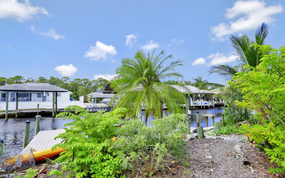 3461 Manatee Dr, St James City - Home For Sale 2127801296