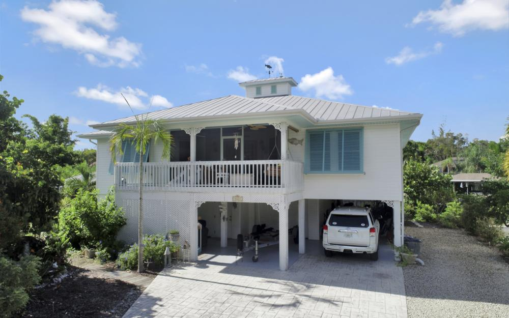 3461 Manatee Dr, St James City - Home For Sale 80855674