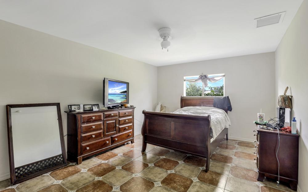 2717 Diplomat Pkwy W, Cape Coral - Home For Sale 1376280406