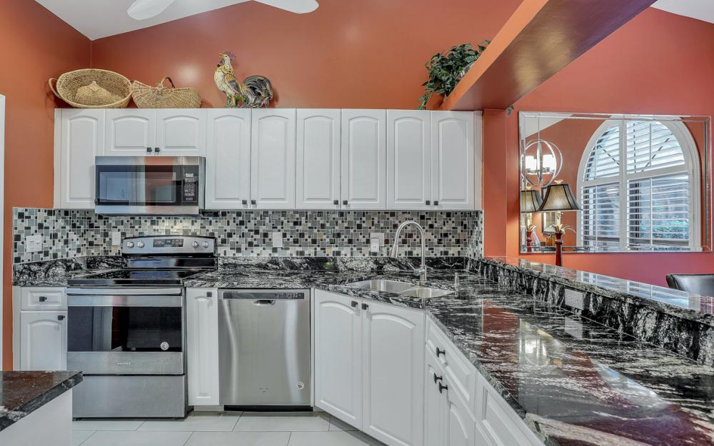 28796 Hunters Ct, Bonita Springs - Home For Sale 901211340