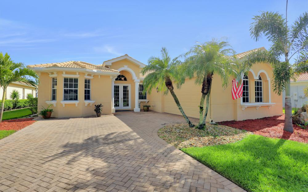 12911 Silverthorn Ct, Bonita Springs - Home For Sale 1682198532