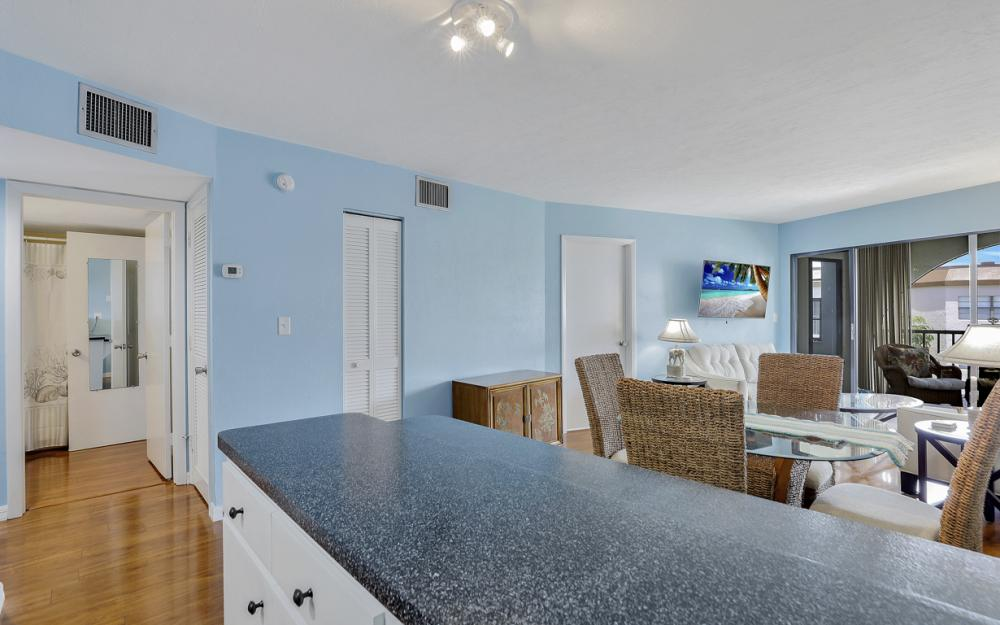 1023 Anglers Cove #506 Marco Island - Vacation Rental 1450330723