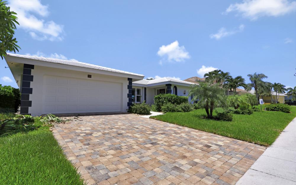 365 Henderson Ct Marco Island - Vacation Rental  1001412569