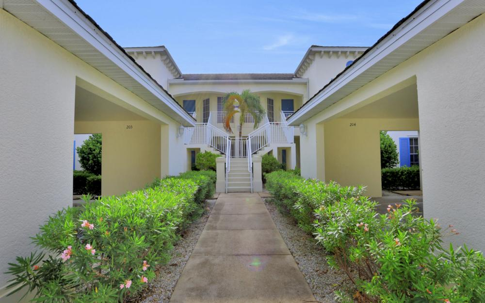 14513 Abaco Lakes Dr #104 Fort Myers - Condo For Sale 420232477