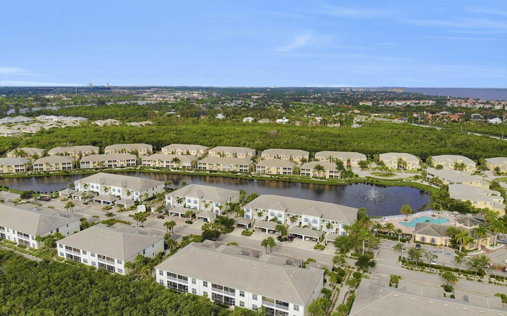 14513 Abaco Lakes Dr #104 Fort Myers - Condo For Sale 677089591