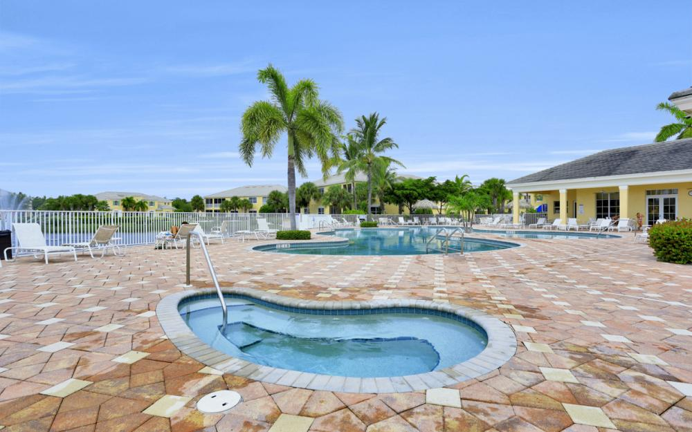 14513 Abaco Lakes Dr #104 Fort Myers - Condo For Sale 82596100