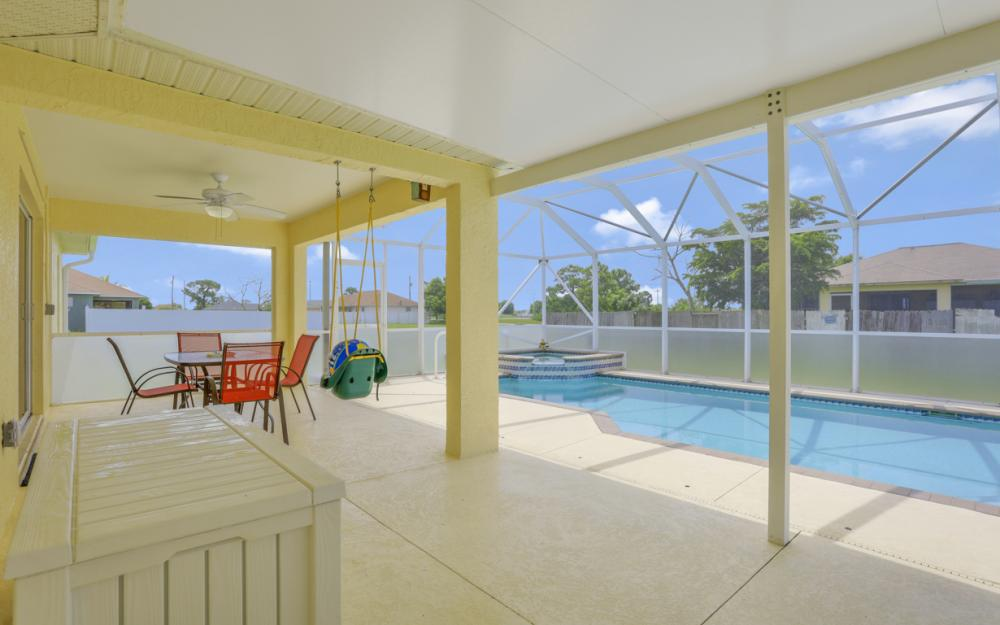 1616 NW 17th St, Cape Coral - Home For Sale 2076127807