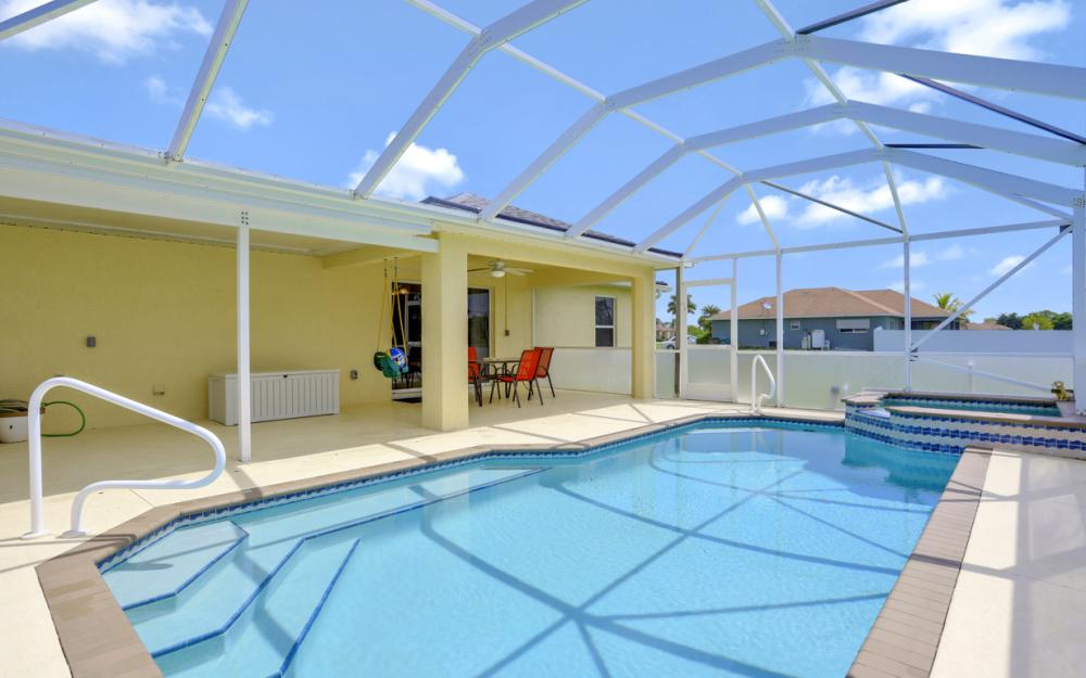 1616 NW 17th St, Cape Coral - Home For Sale 165825566