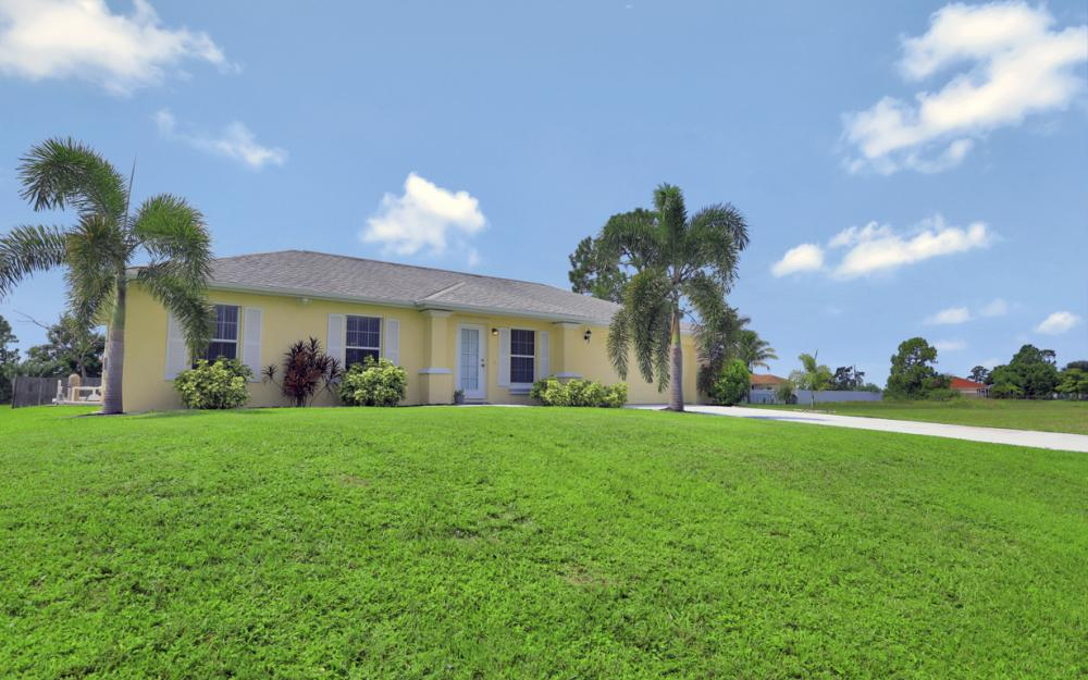 1616 NW 17th St, Cape Coral - Home For Sale 303111947
