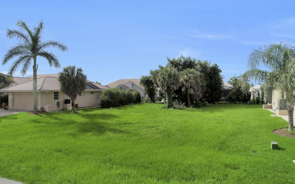 931 Ironwood Ct, Marco Island - Lot For Sale 283386479