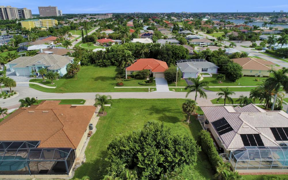 931 Ironwood Ct, Marco Island - Lot For Sale 1399300764