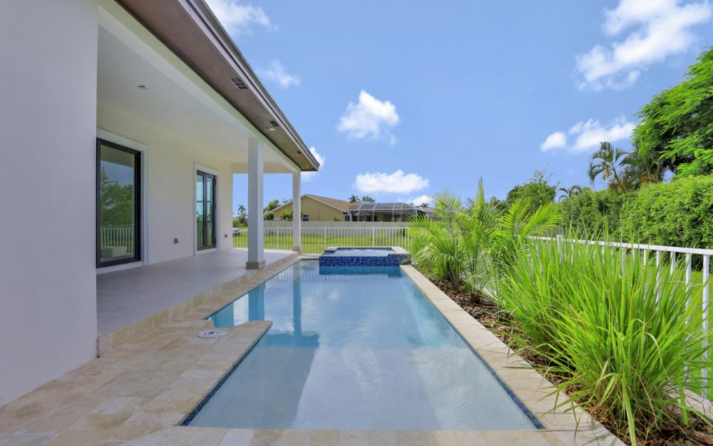 140 Sand Hill St Marco Island - Home For Sale 1898873470